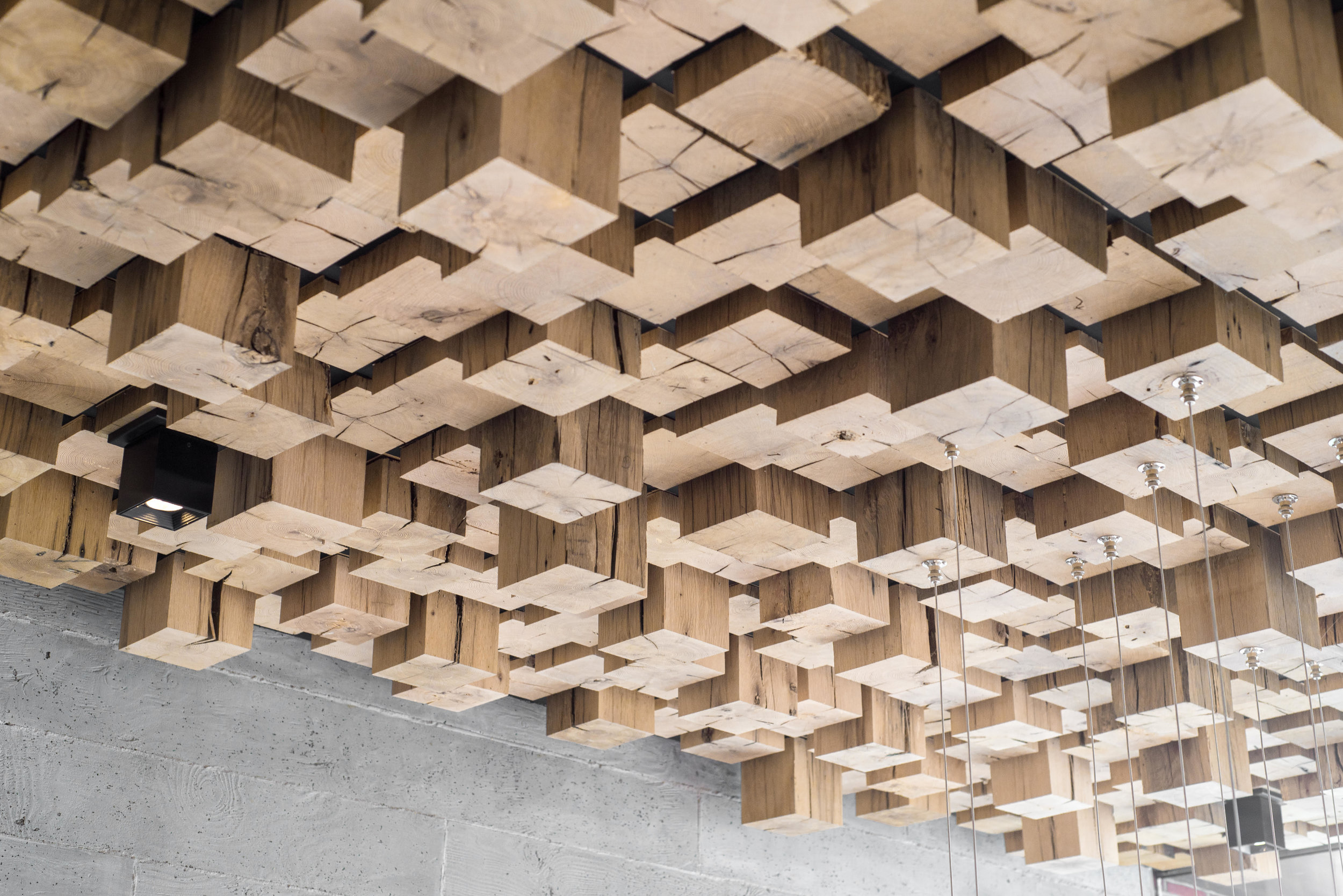 Ceiling 01.jpg