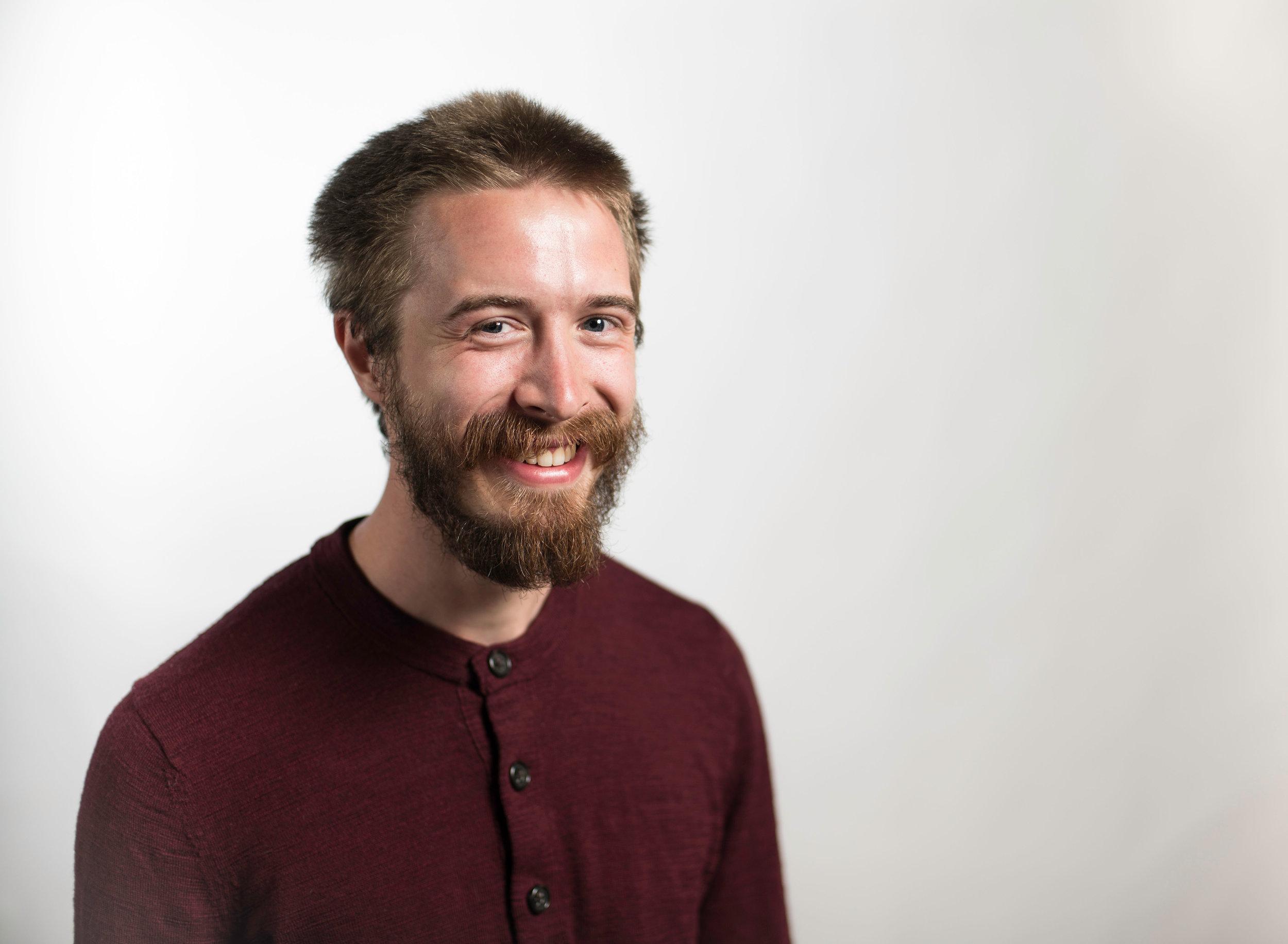 Adrian Nofzinger Headshot