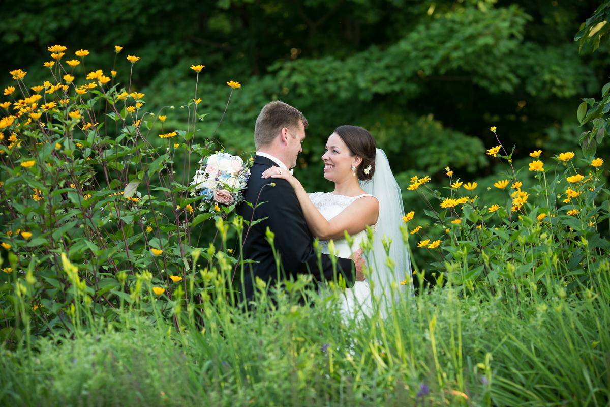 wild_flowers_wedding.jpg
