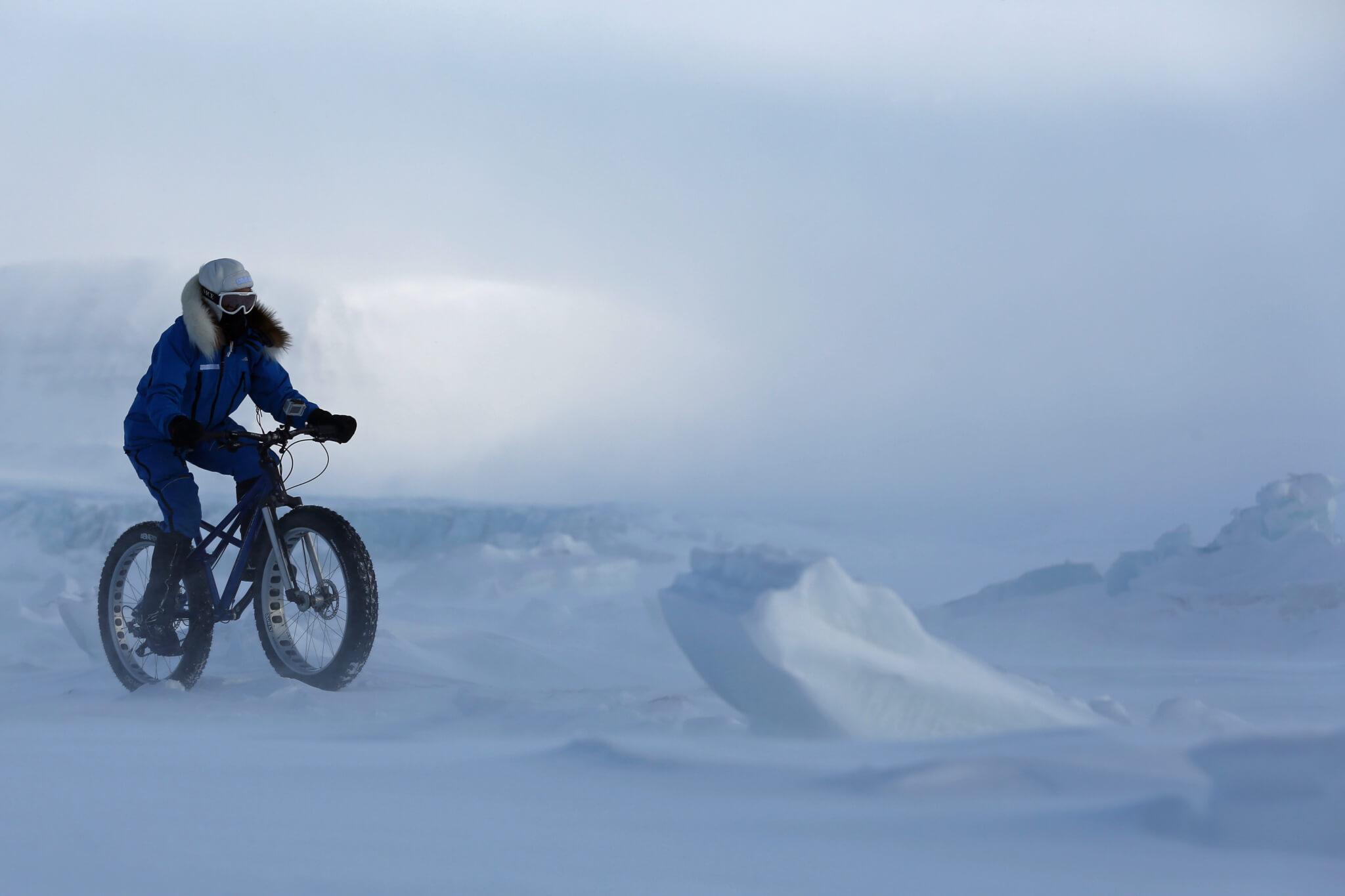 Kate-Leeming-Breaking-The-Cycle-South-Pole-©-PhilCoates.TV-3.jpg