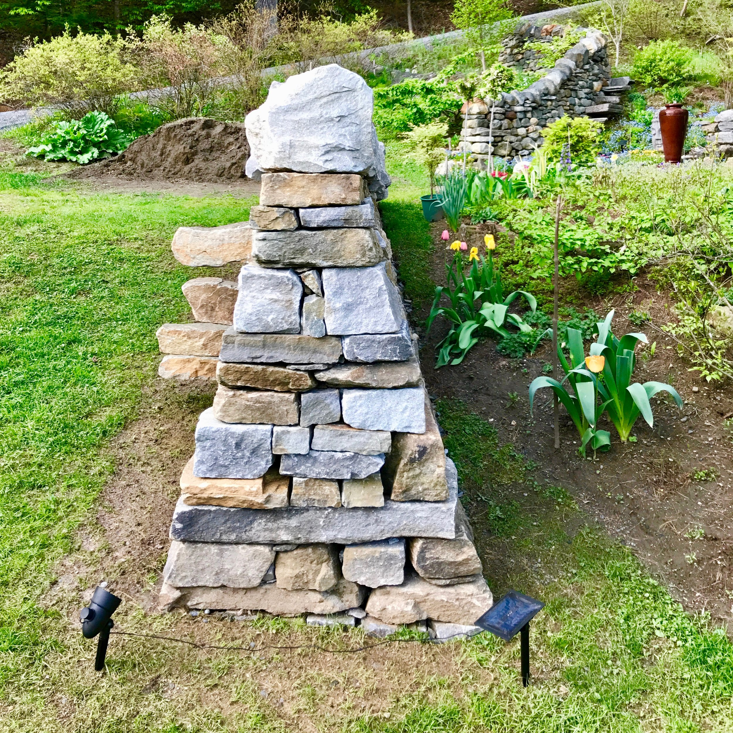 dan-snow-stoneworks-puzzle-post-isosceles-wall - 4.jpg