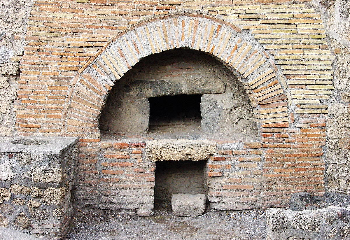 gusto-pinsa-ancient-oven.jpg