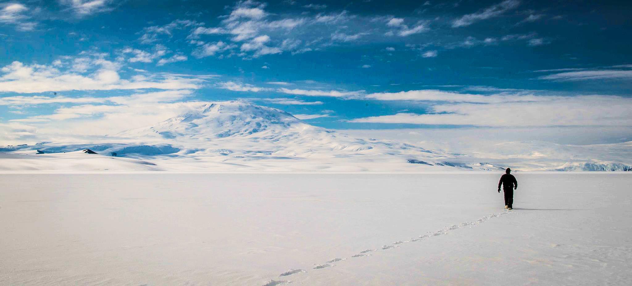 Antarctic_solo_journey-2.jpg