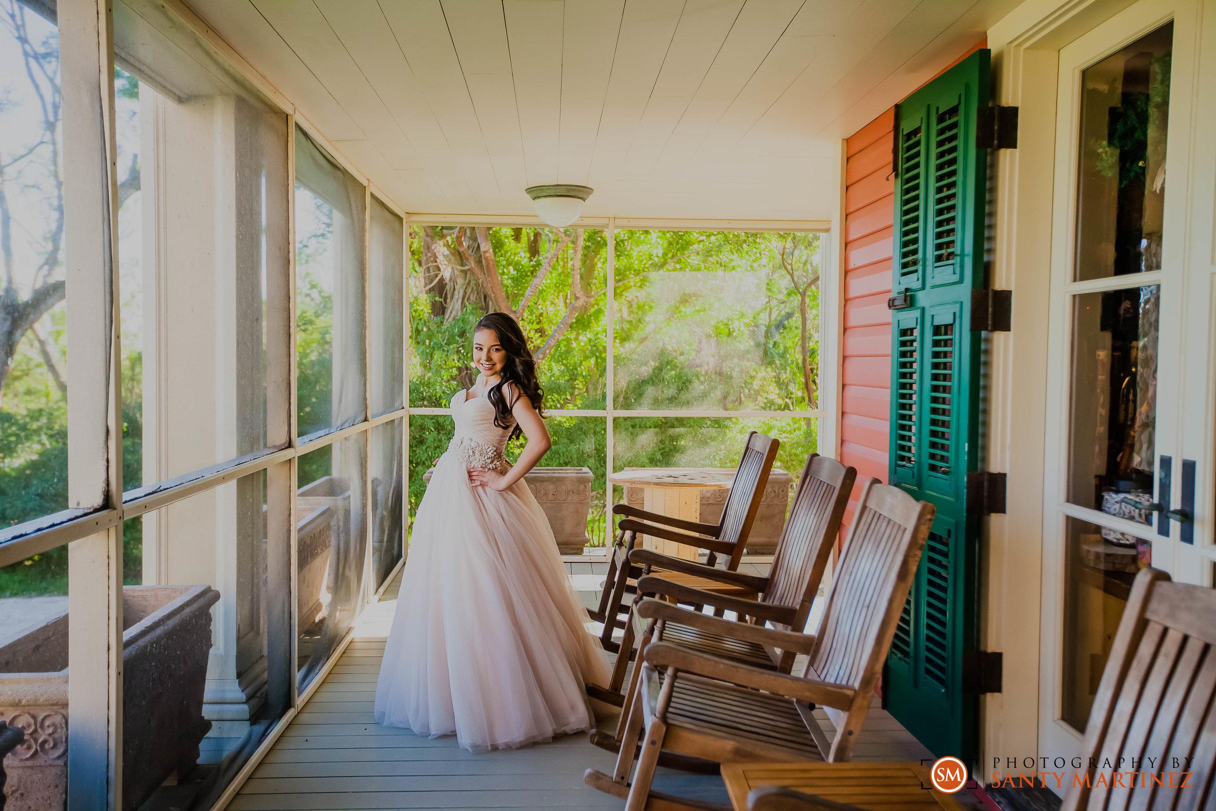 Quinces - Miami - Deering Estate - Santy Martinez Photography.jpg