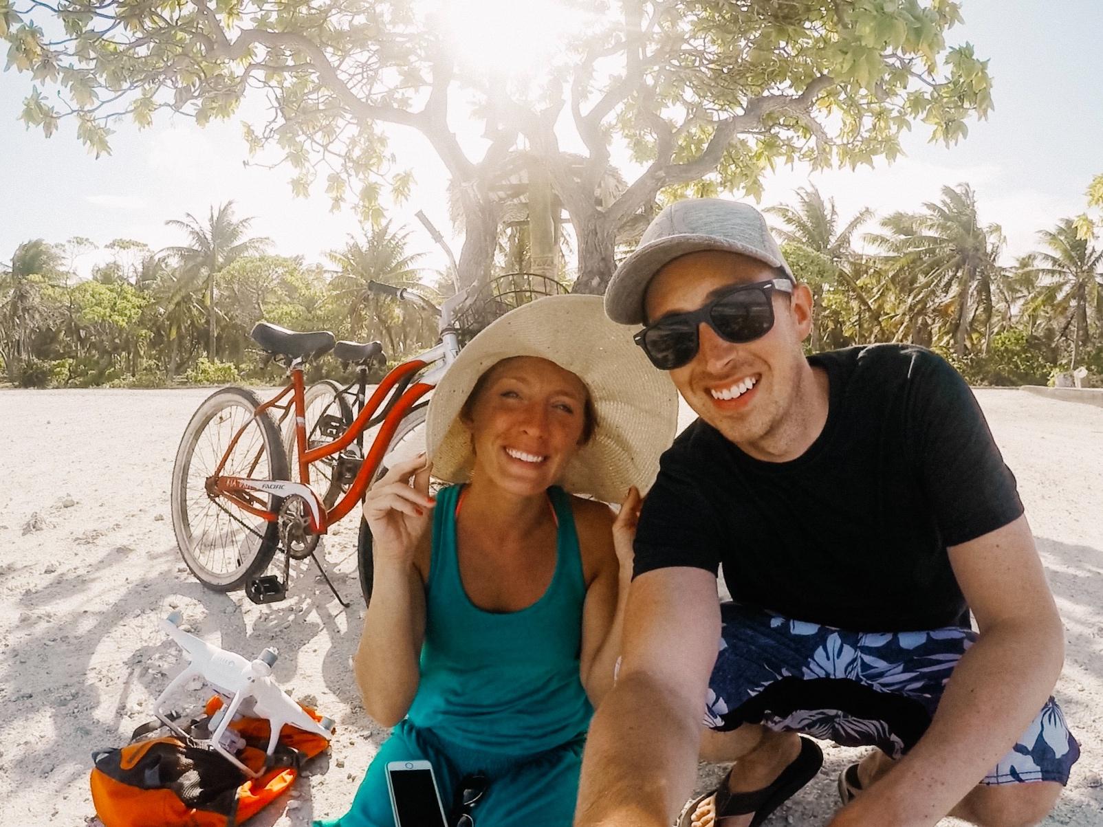 Smiling couple in Rangiroa French Polynesia