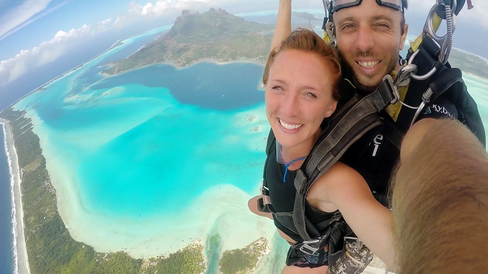 Kaytee Skydiving in Bora Bora 20160.jpg