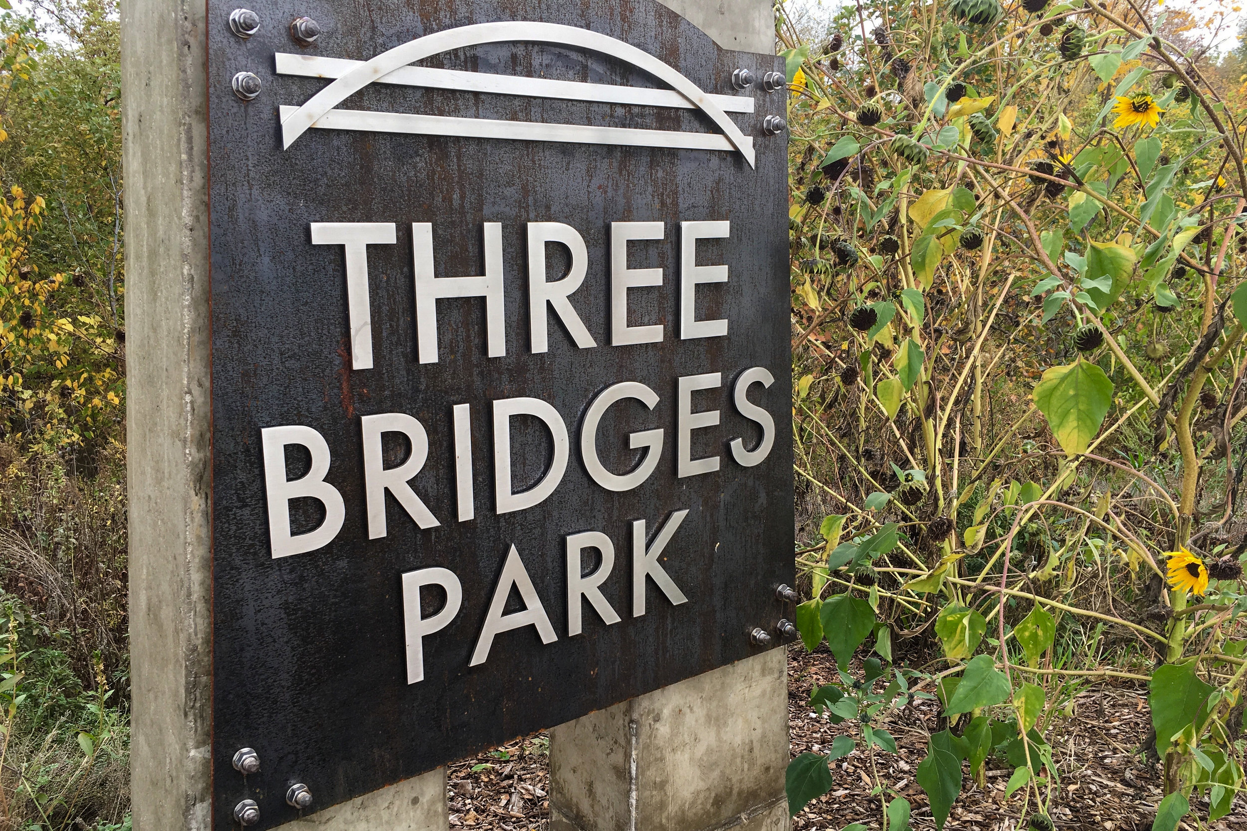 Three Bridges Park