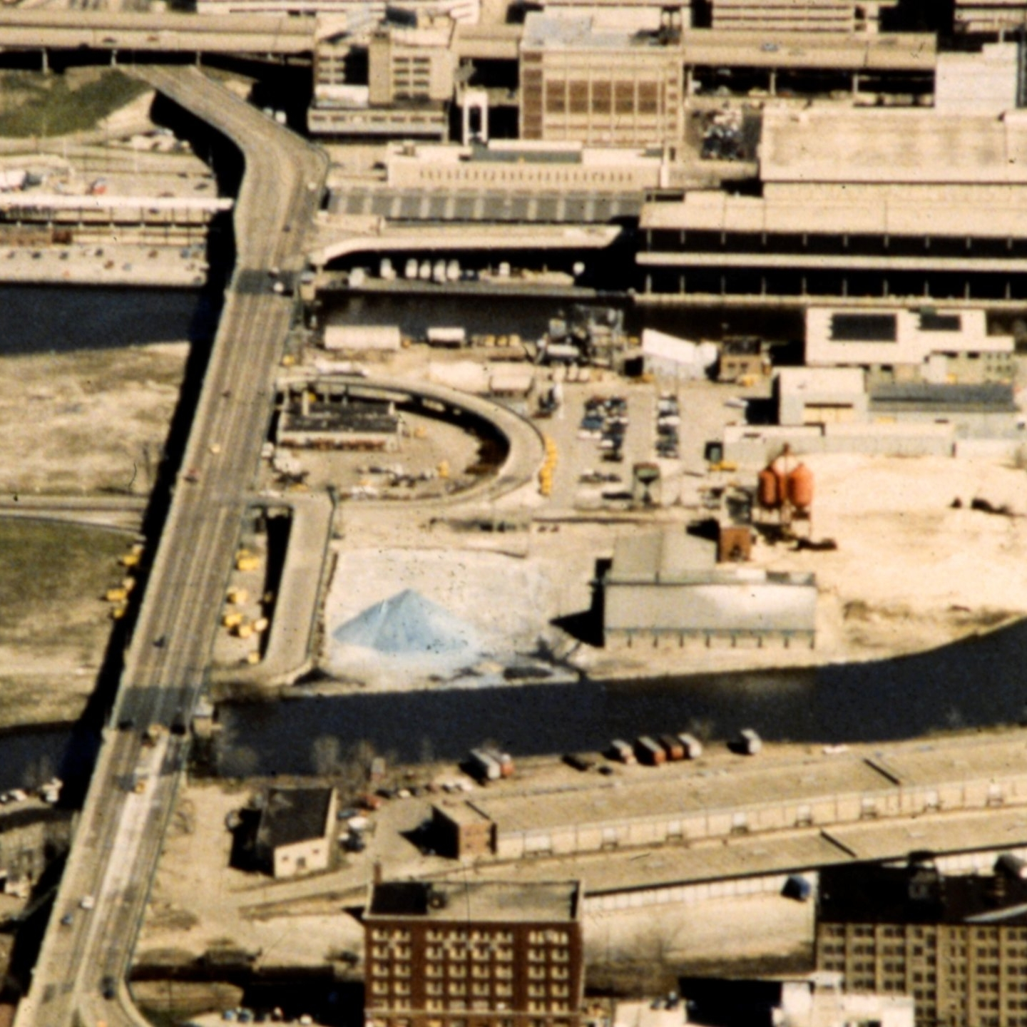 Valley Brownfields Walking Tour - Take a self-guided hike through Milwaukee's revitalized Menomonee River Valley