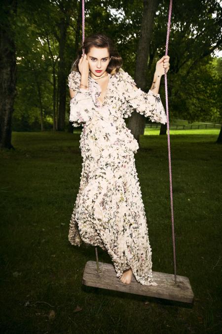 Ellen-Von-Unwerth_Miley-Cyrus7.jpg