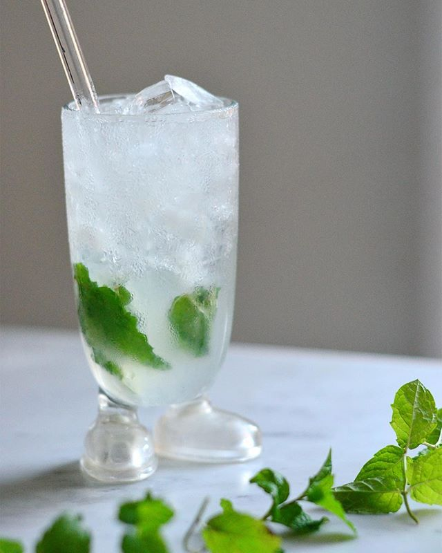 It's starting to feel like fall but sometimes, you just need a mojito. And sometimes, you need fresh mint and the fire escape garden provides. . MOJITO 8 mint leaves 1 oz simple syrup .75 oz fresh squeezed lime juice 2 oz white rum crushed ice seltzer water .  Muddle mint leaves in simple syrup. Add lime juice and rum and stir. Fill glass with crushed ice and top with seltzer water. . Goodbye, summer. You'll be missed.