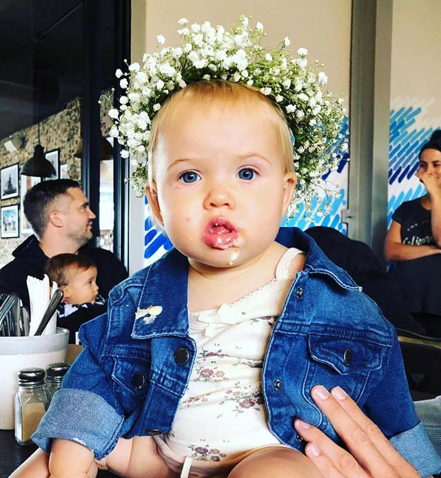 Happy 1st birthday to Halle! 🎉 Celebrating down at the @beachhousemaroubra @lauren_koblischke