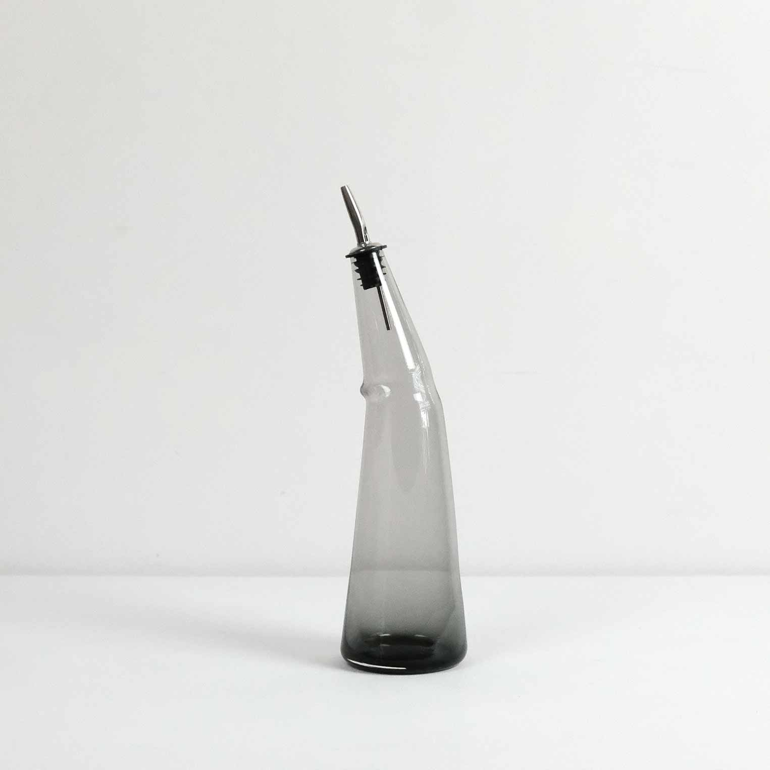 KINK-Oil-Bottle-Grey.jpg