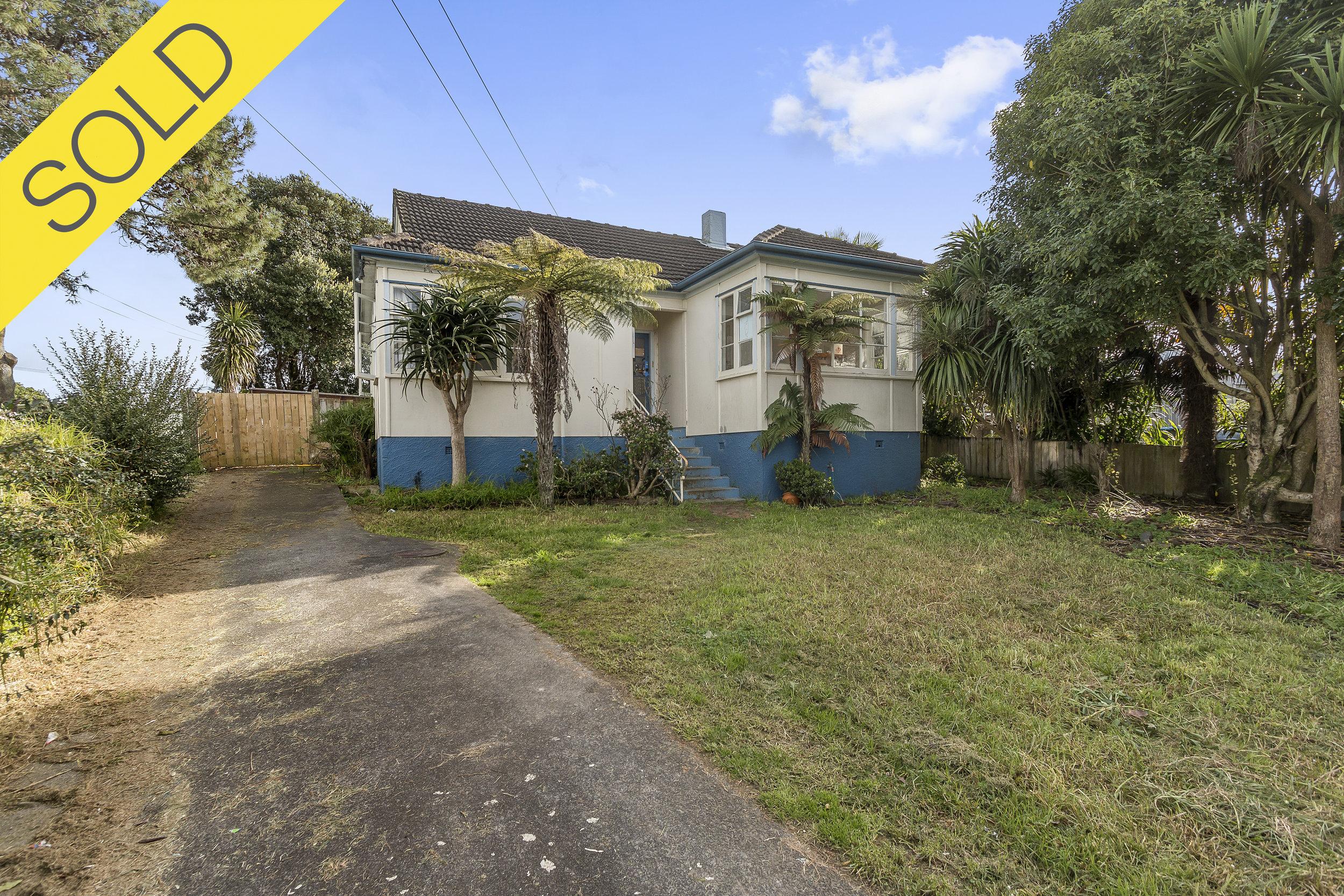 22 Glenarm Avenue, Mt Roskill, Auckland - SOLD AUGUST 20173 Beds I 1 Bath I 4 Parking