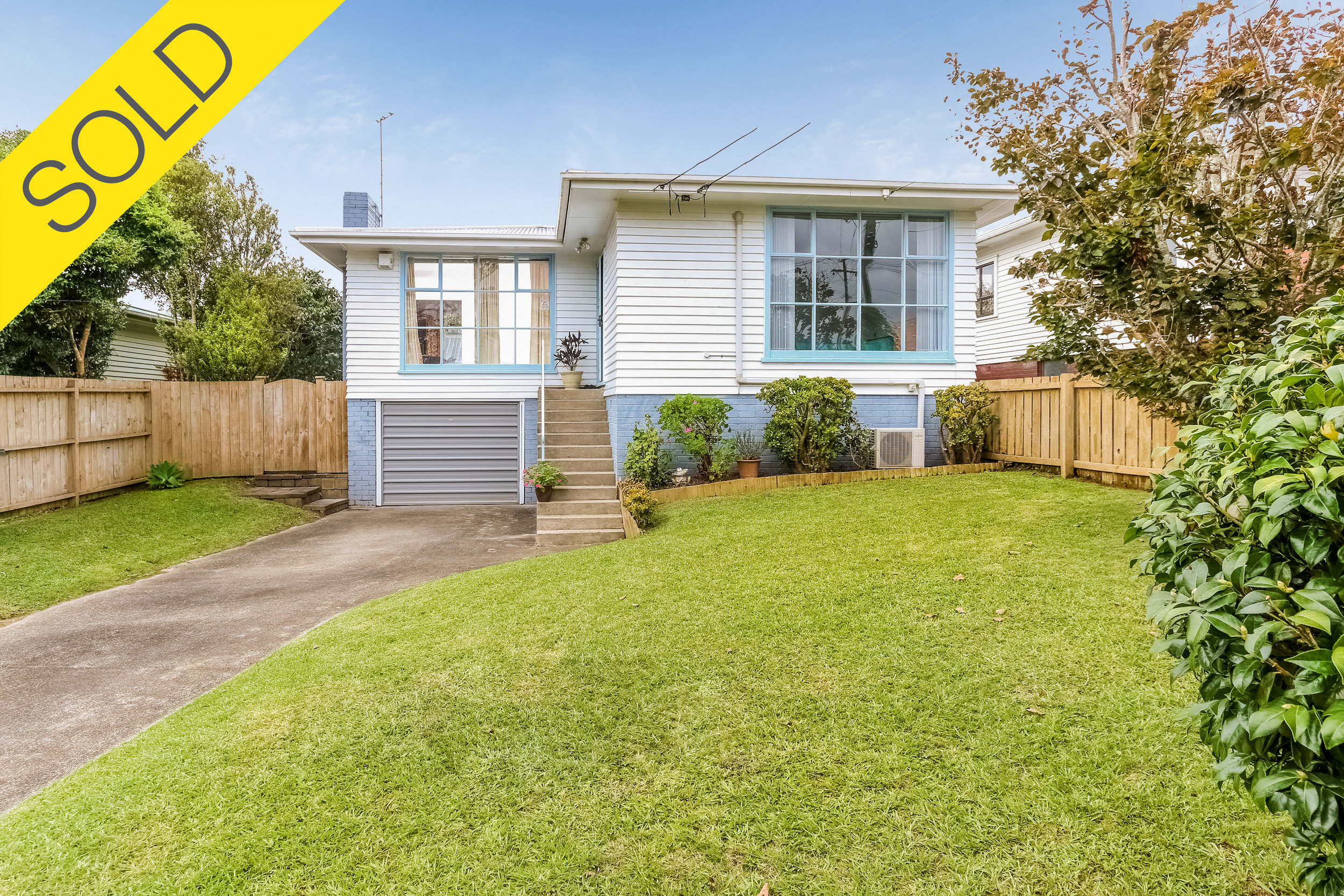 13 Linden Street, Mt Roskill, Auckland - SOLD MAY 20172 Beds I 1 Bath I 3 Parking