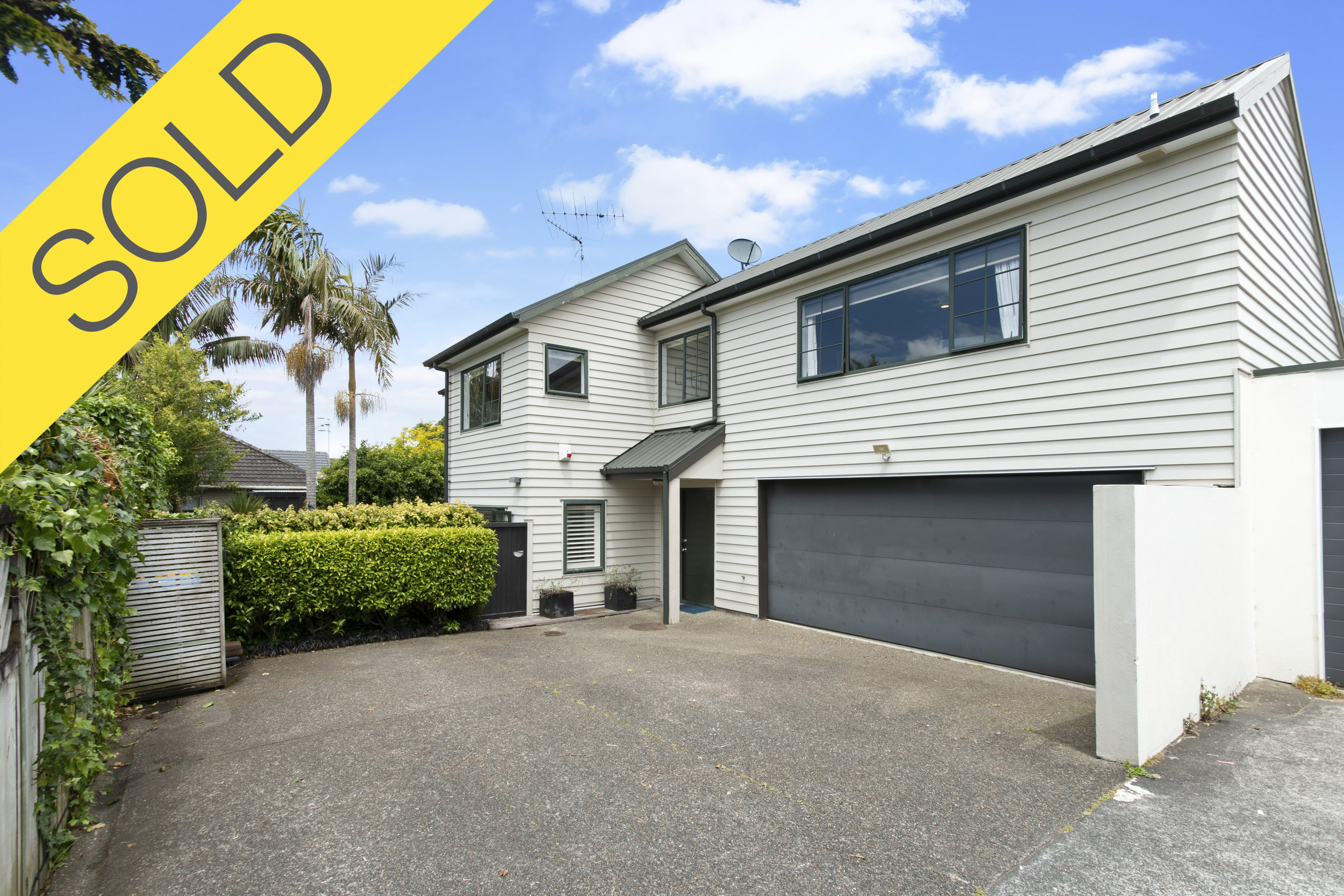205A Campbell Road, Greenlane, Auckland - SOLD FEBRUARY 20193 Beds I 2 Baths I 4 Car