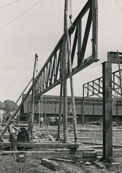 Bau der heutigen Fabrikhalle, 1934