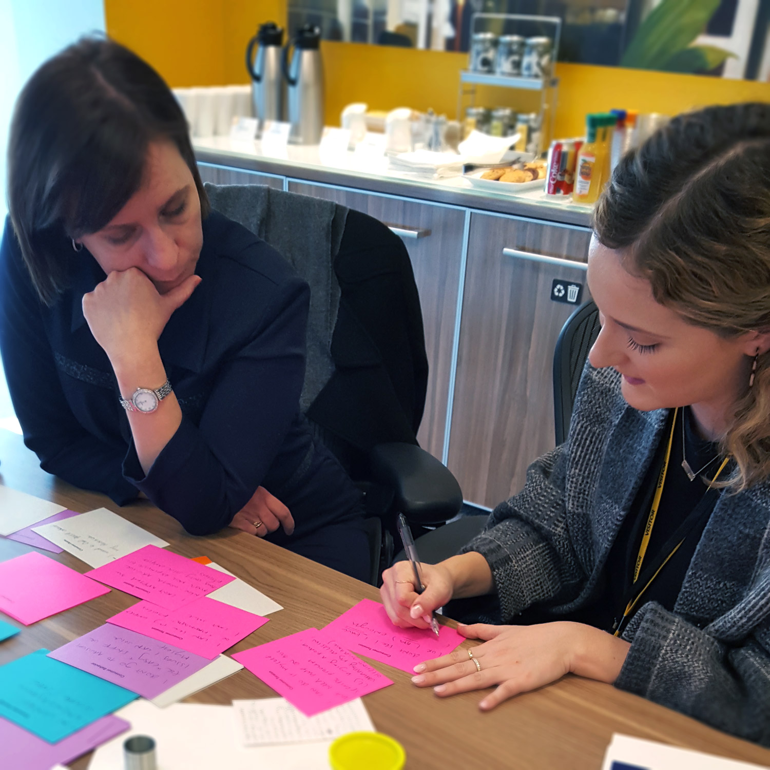 Abby Bisi working with a Sun Life stakeholder to craft a Future Need statement