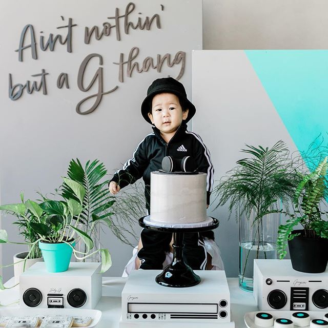 """It was all a dream."" -Biggie ✨ ✨ I couldn't have pulled off Greyson's dohl without the help of this amazing dream team!!! My friend, Davina (@madebydavinakim) blew me away with all the small details that she thought out for today!! She went ABOVE and BEYOND and I HIGHLY recommend her for any event!!!! ❤️ ✨ Special thanks to my sil (@echofloral) who beautified the event with her amazing skills, @nicolemiyuki for her beautiful writing, @letterstou for the amazing signs that really brought the event together, @sweetleemade with the most amazing desserts ever, my husband who always goes along with all my crazy ideas 😏 and Eric & Erin for setting up (couldn't have done it without you guys!!!)"