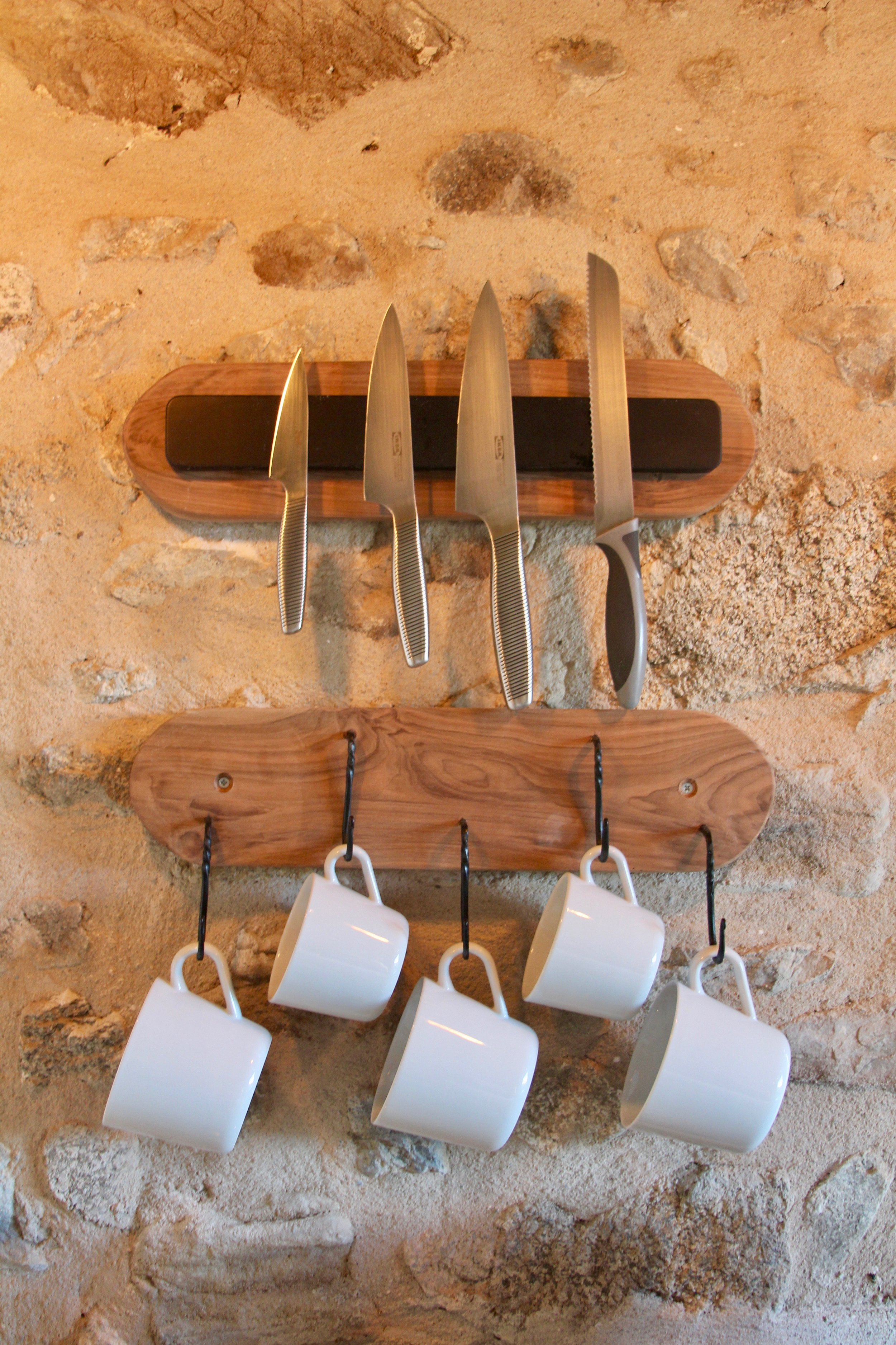 Knife magnet & mug rack