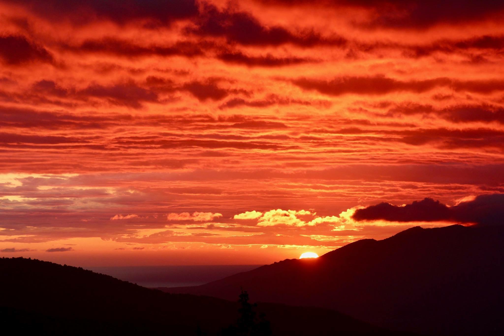 A typical Autumn sunrise at La Taillede