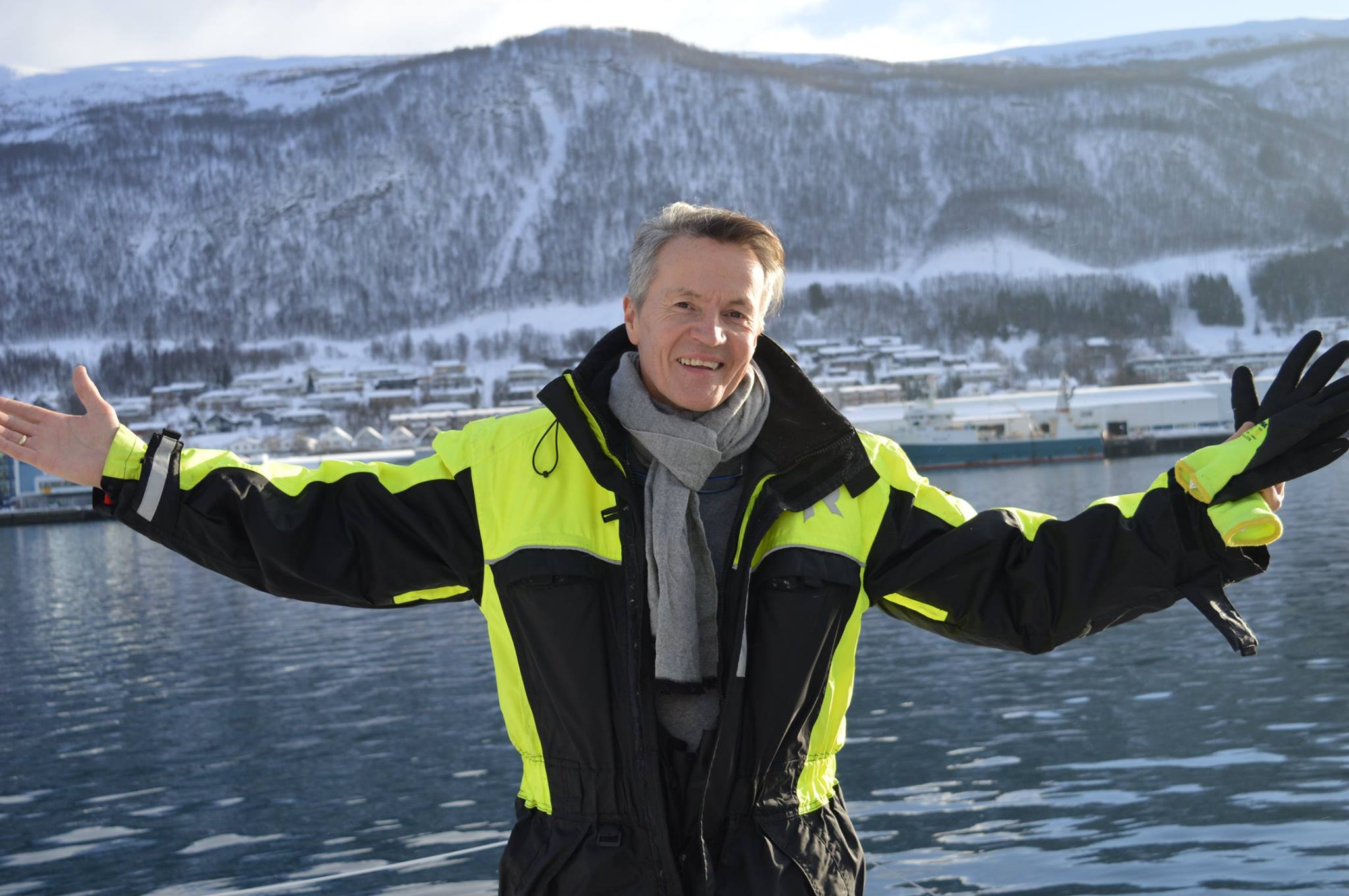 Welcome to Arctic Cruise In Norway. - Hi,My name is Kurt Arild Larsen. I am the general manager, skipper and owner of the company. I am married to Fabiane and have 3 children, Aleksander, Kristina and Emily.  I am also a grandfather to two beautiful male children, Julian and Wilhelm.We are waiting for our new male child, Leonard November 2018 :)I grew up in a small fishing village and worked at the sea with my father when I was younger. My dream was to be a captain of a tourist ship, but when my father died at sea, I ended up in the IT industry, where I worked until 2013/14.I bring back my dream in 2013 and have worked hard to make this a company we can live off.We are small, but focus on giving our guests an experience that last the rest of their lives. Many of our guests say that this is more than they had dreamed of.Our Important values are courtesy, honesty and joy.We hope to give you experiences, - a