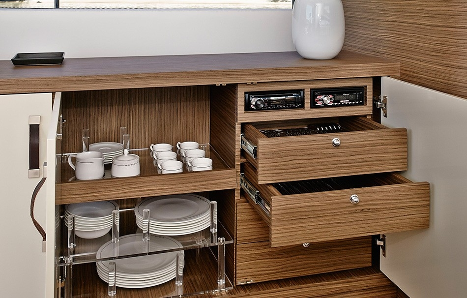Arctic Queen Kitchen II rodman-muse-44.jpg