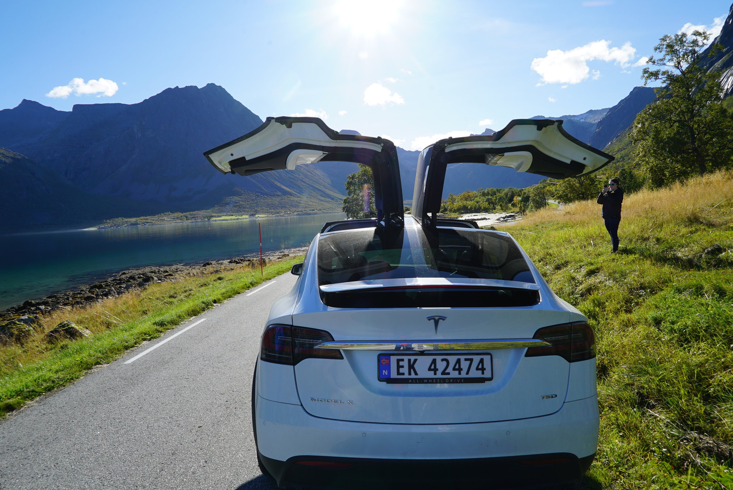 Fjordsightseeing Tesla X 10.jpg