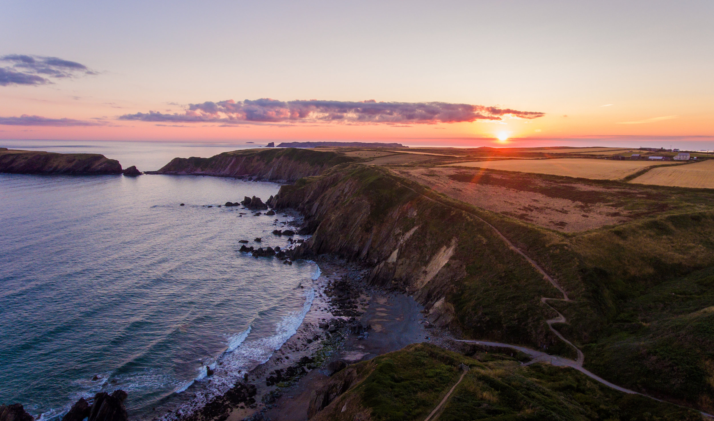 MARLOES SUNSET WIDE & COASTAL PATH.JPG