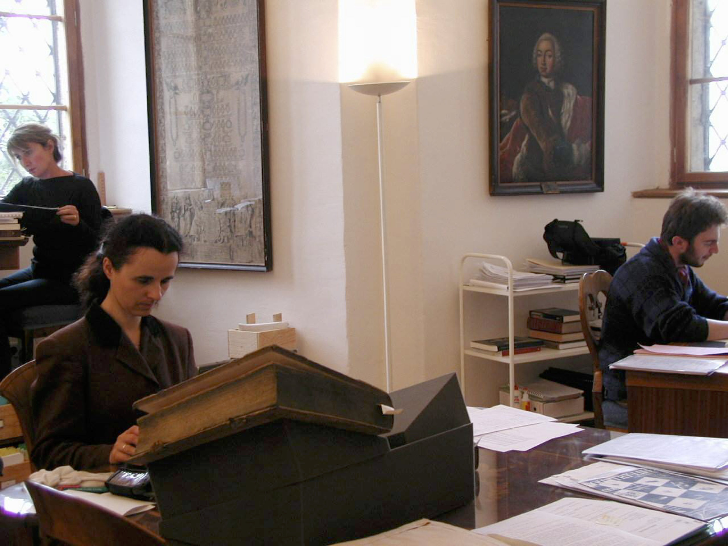 Charles University students and researchers studying in the Lobkowicz library