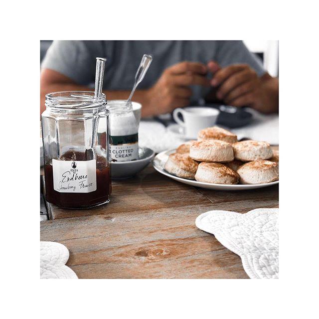 AFTERNOON WITH SCONES . . #foodlover #scones #englishteatime #teatime #scones #lifestyle #procurement #teamwork #new #hotelopening #business #travel #stauds #kpm #kpmberlin #cutlery #tabletop