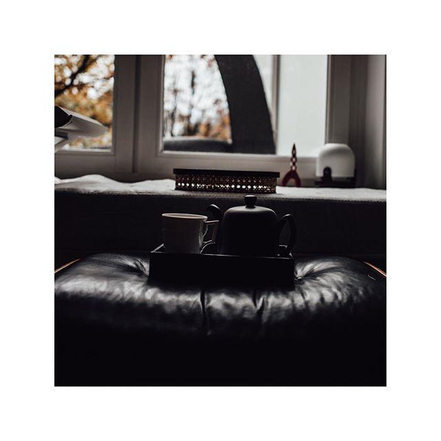 🍂 OKTOBER MOOD 🍂.   Werbung da Markennennung   #purchasingservices #procurement #kpm #kpmberlin #restaurant #tabletop #porcelain #decoration #procurementteam #aroundtheworld #business #hotelopening #indiansummer #fall #autumn #relaxe #teatime #degreene #paris #degreeneparis