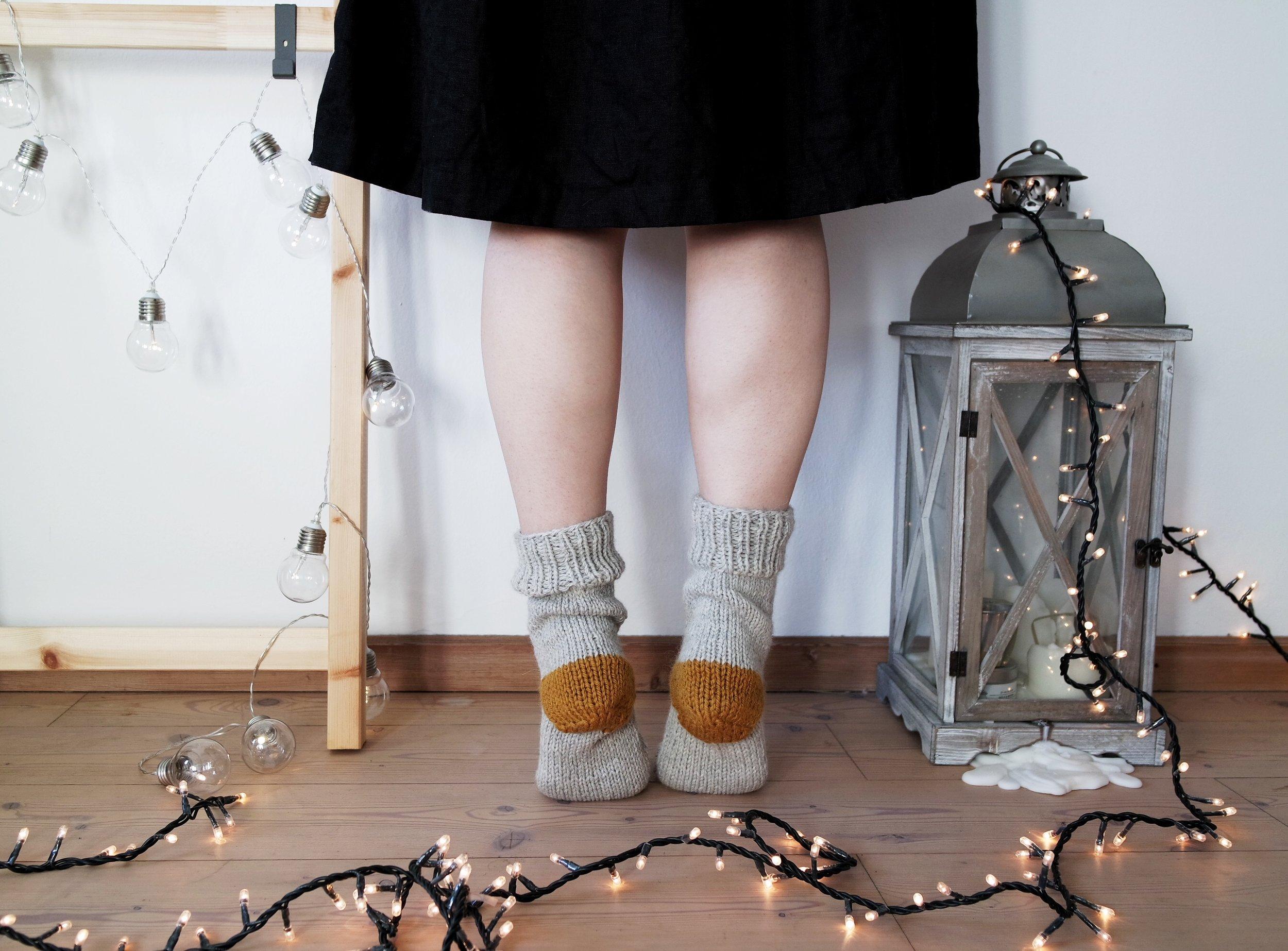 Minimal rustic Socks_01.jpg
