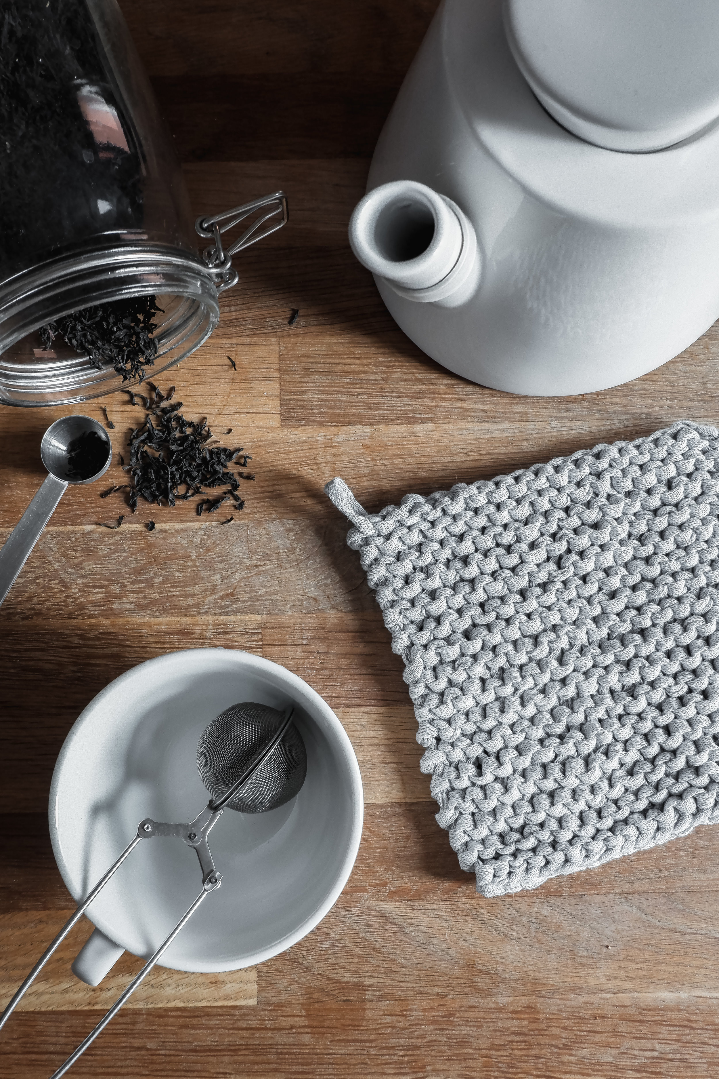Minimal Pot Holders   In the making