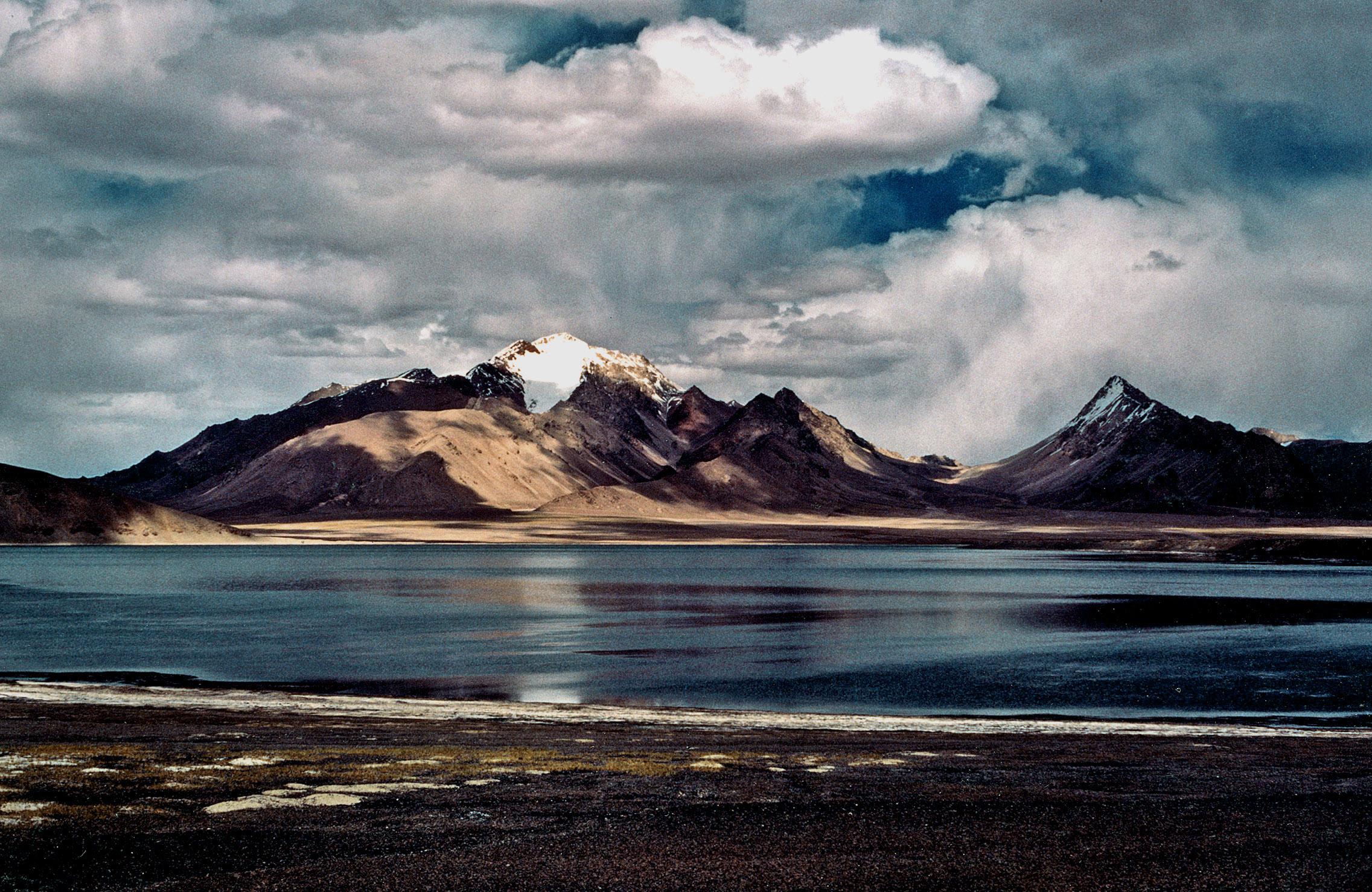 53. Aksai Chun, West Tibet 1990.jpg