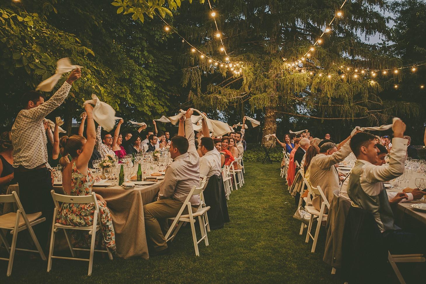 boda-en-el-pla-del-bosc-victor-more (3).jpg