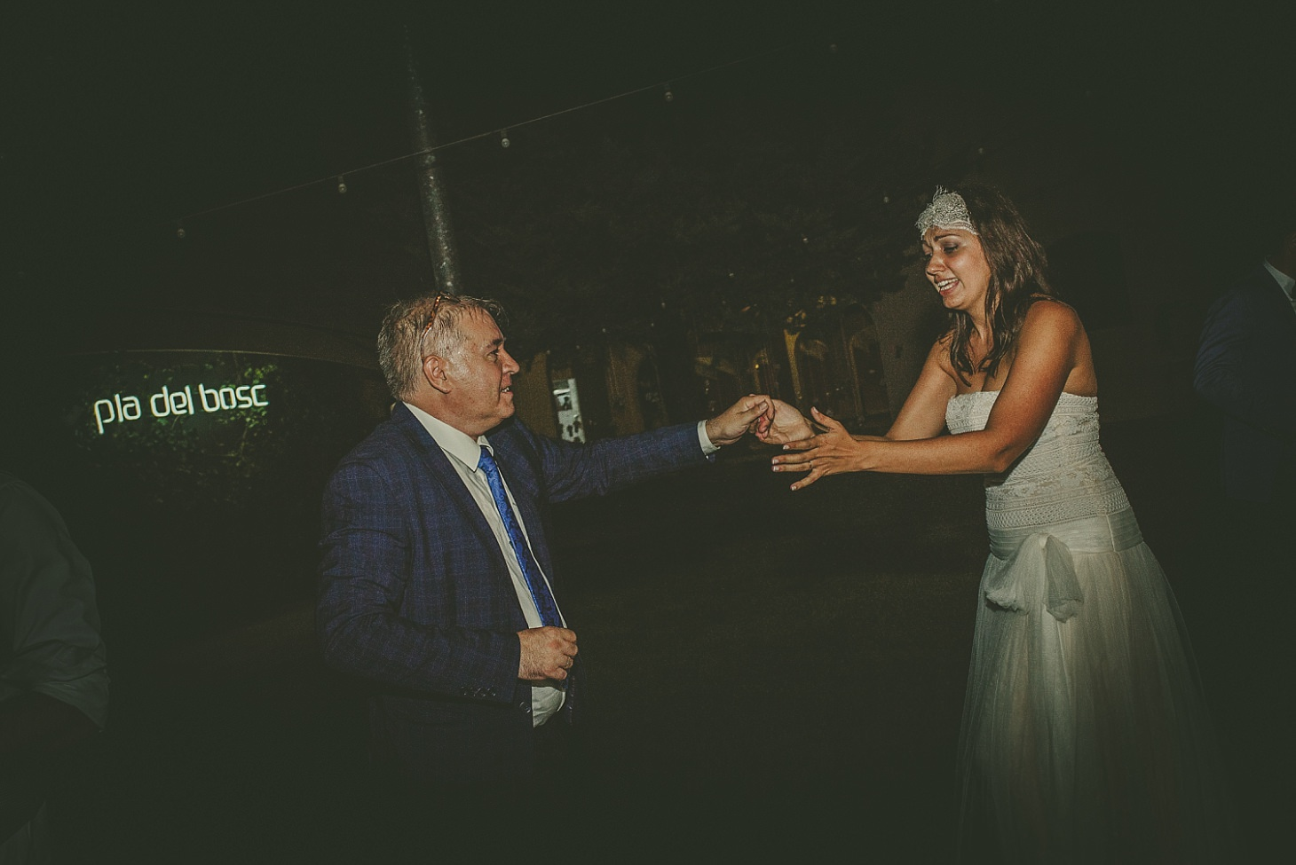 boda-en-el-pla-del-bosc-victor-more-lleida (21).jpg