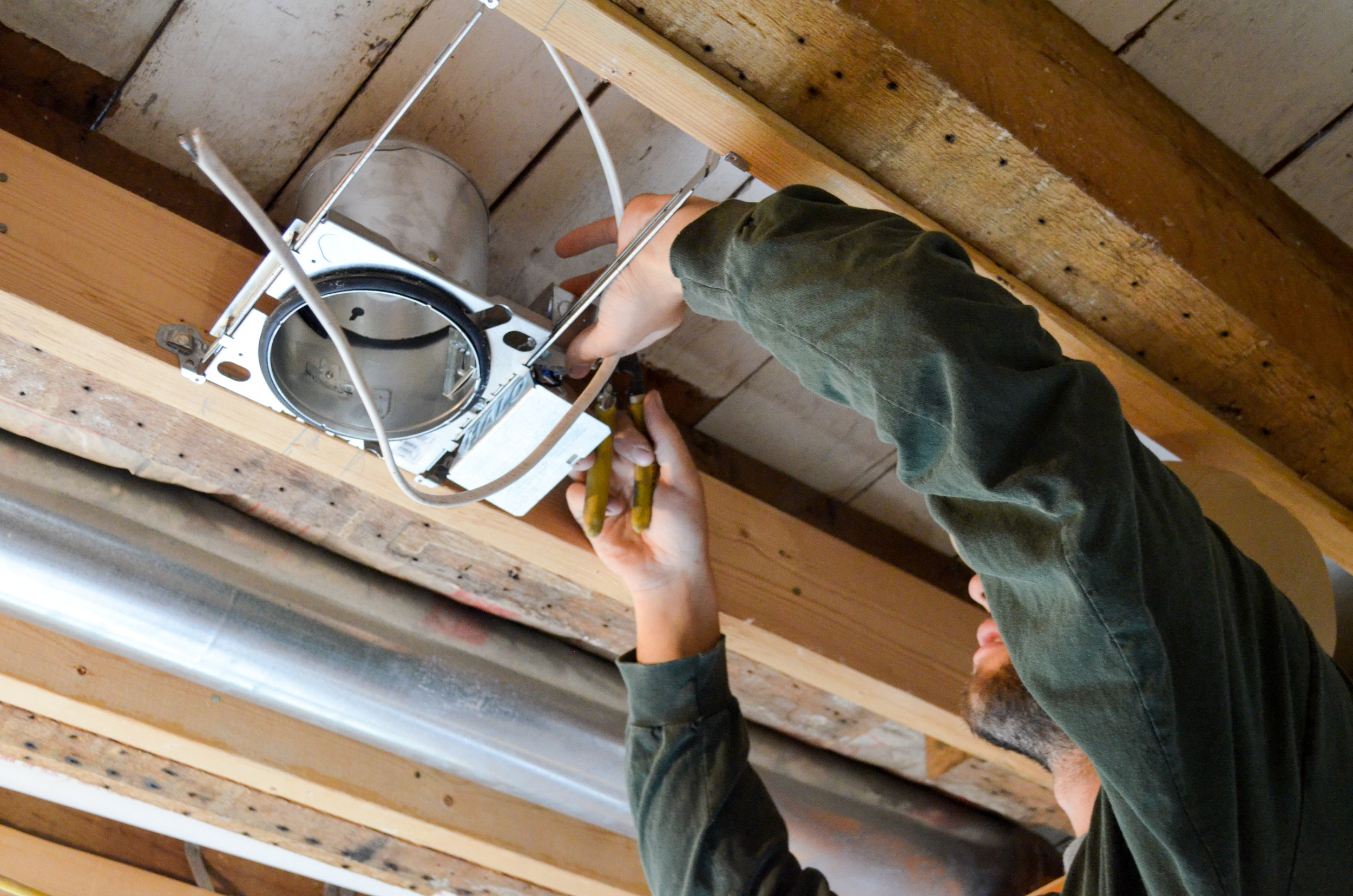 recessed lighting install 3.jpg