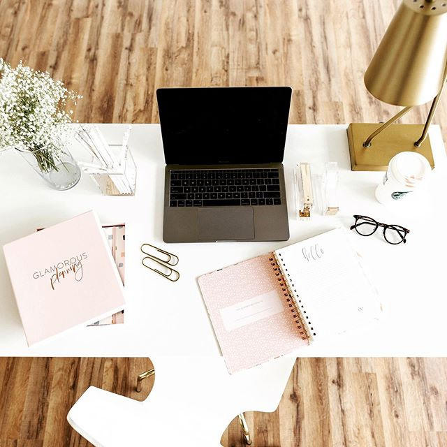 Weekend blog planning had commenced! #blogger #journaling #lifestyleblogger #freelance #workfromhome #planneraddict