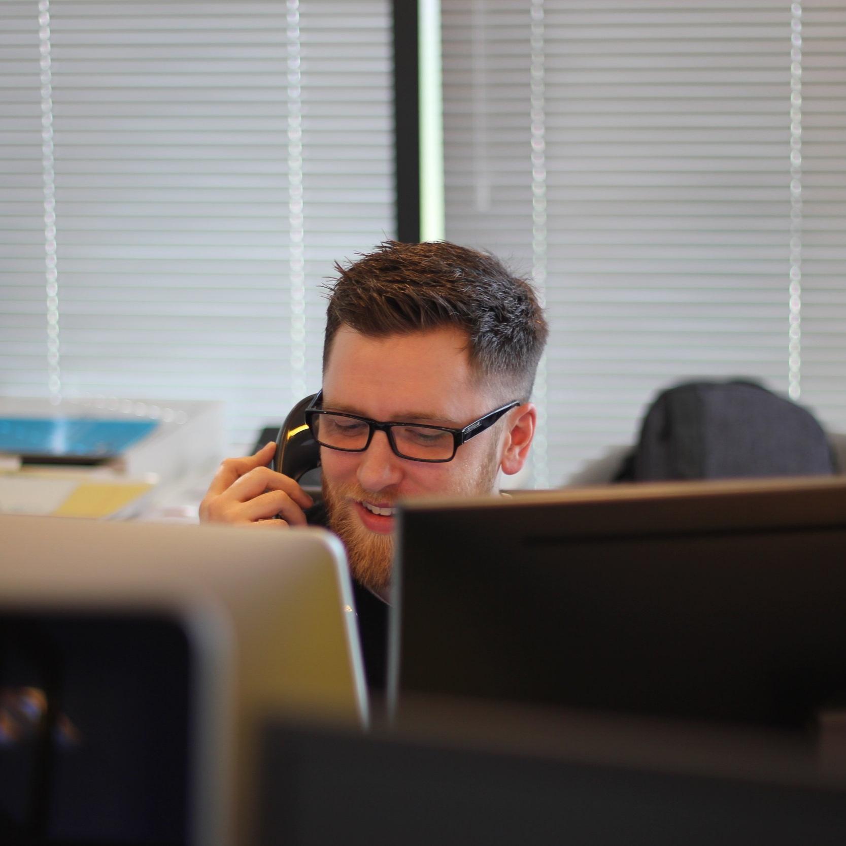 Phone Interpretation - Call for an immediate phone interpreter.