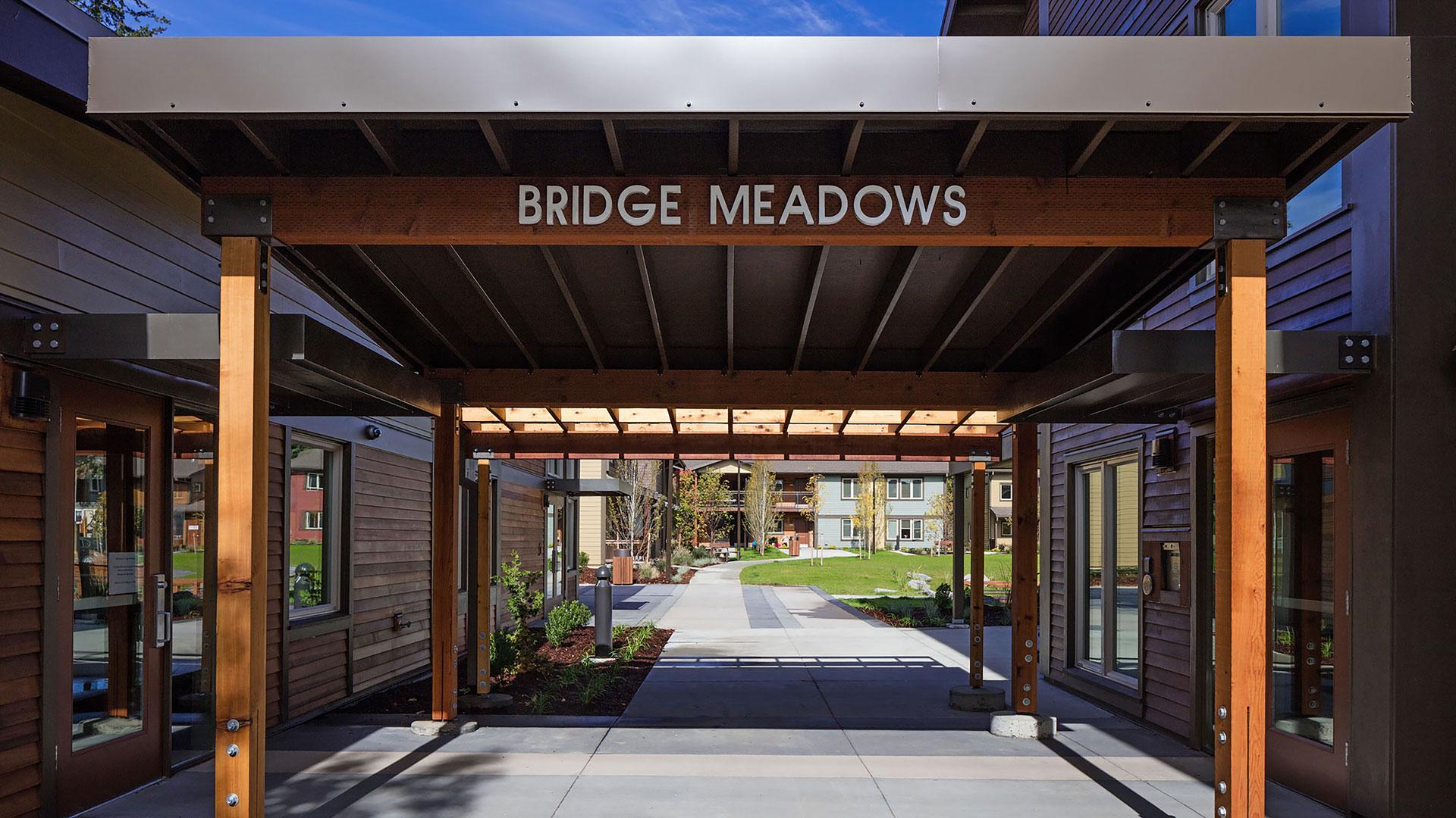BridgeMeadowsBeaverton_SLIDE_RedStudio0006.jpg