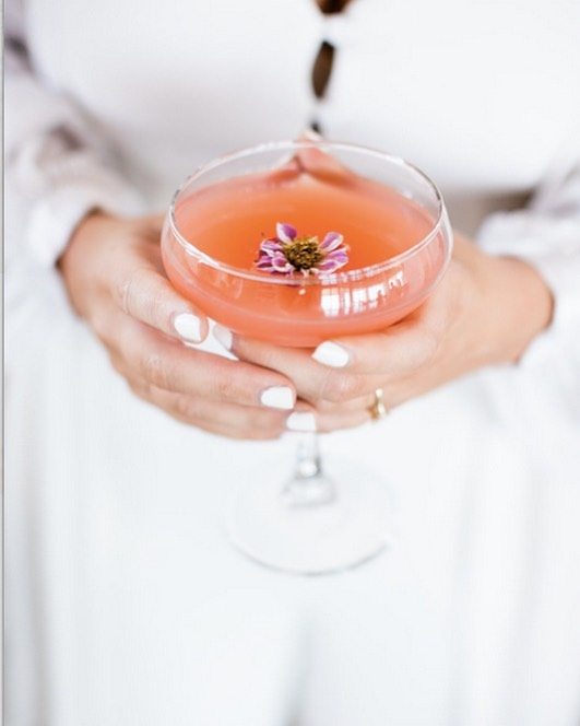 We love creating specialty cocktails for our clients. This brides flavors included grapefruit, lime, thyme, lychee,  Giffard pamplemousse, Aperol and jalapeño (she spicy 🌶). PHOTO: @nativeheartphotography  #barservice #barcatering #weddingbar #ocbar #labars #mobilebar #mobilebartending