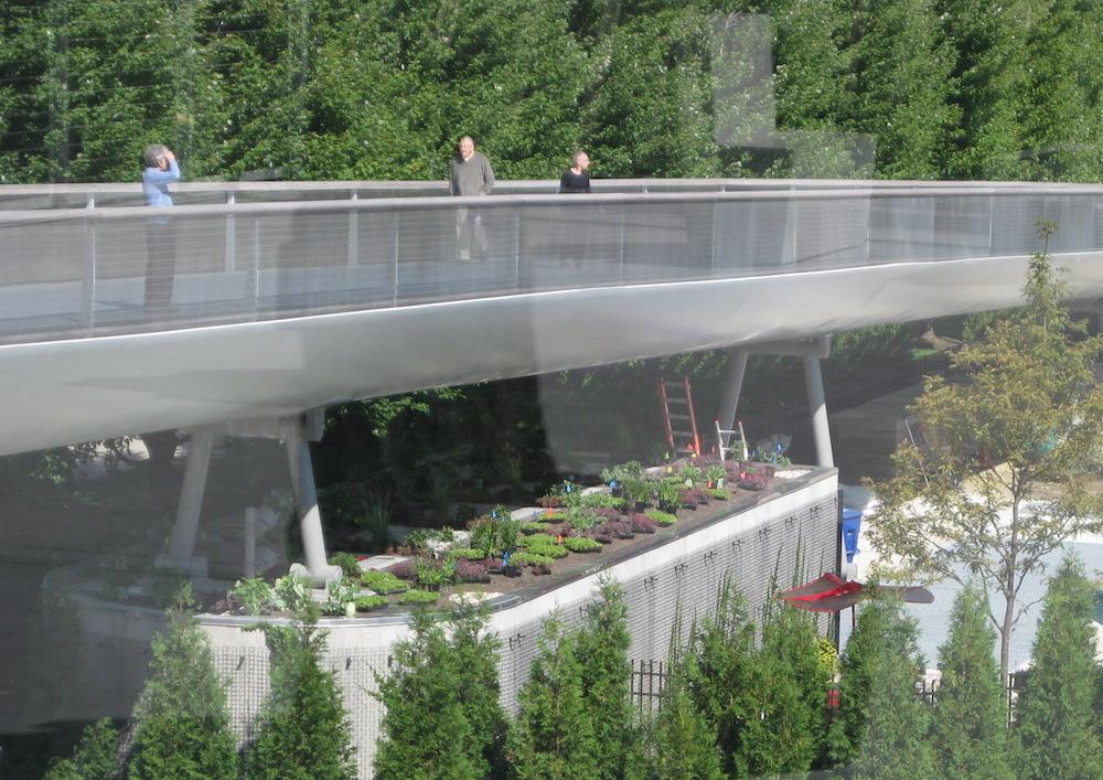 ecogardens-lurie-maintenance-building-7.jpg