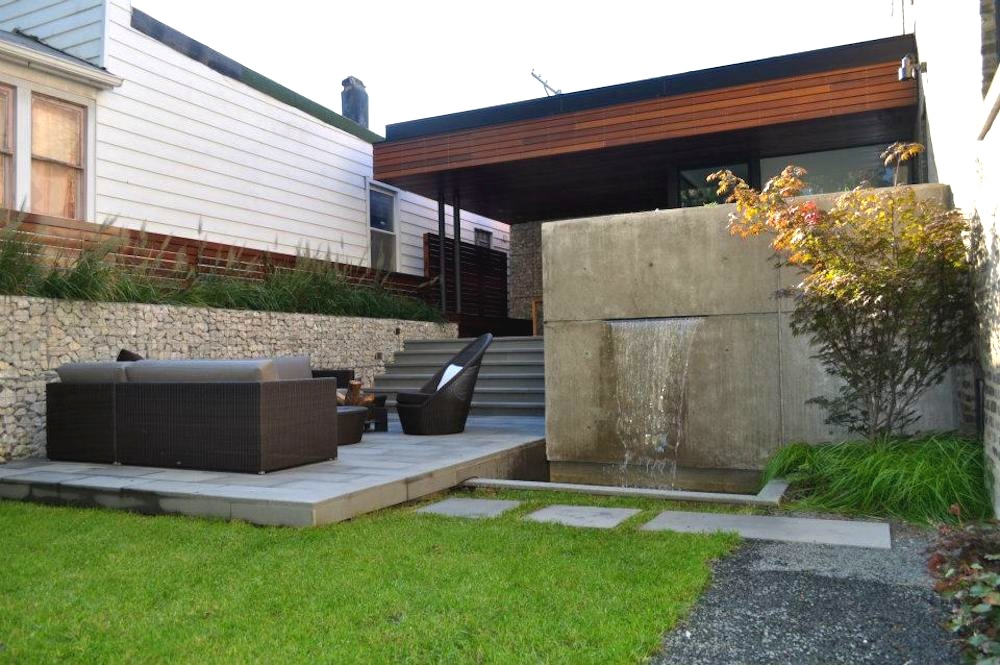 ecogardens-bucktown-modern-sideyard-5.jpg