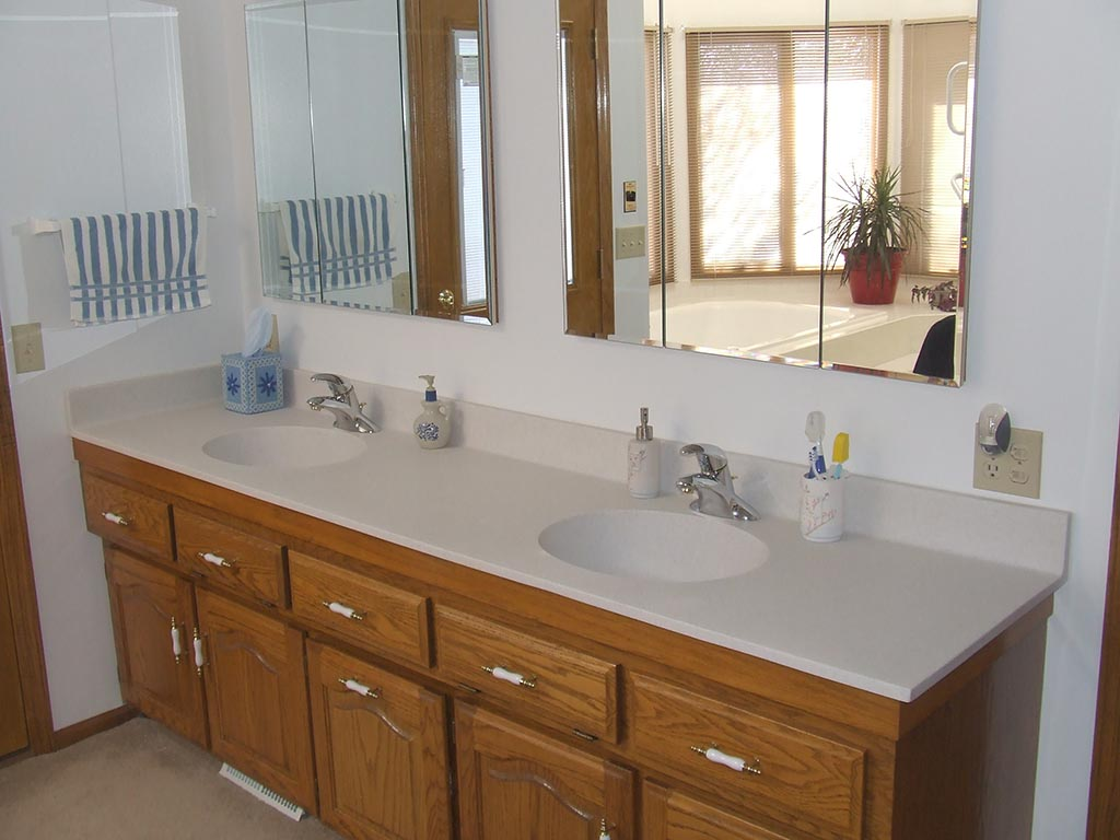 non-recessed-db-double-bowl-vanity.jpg