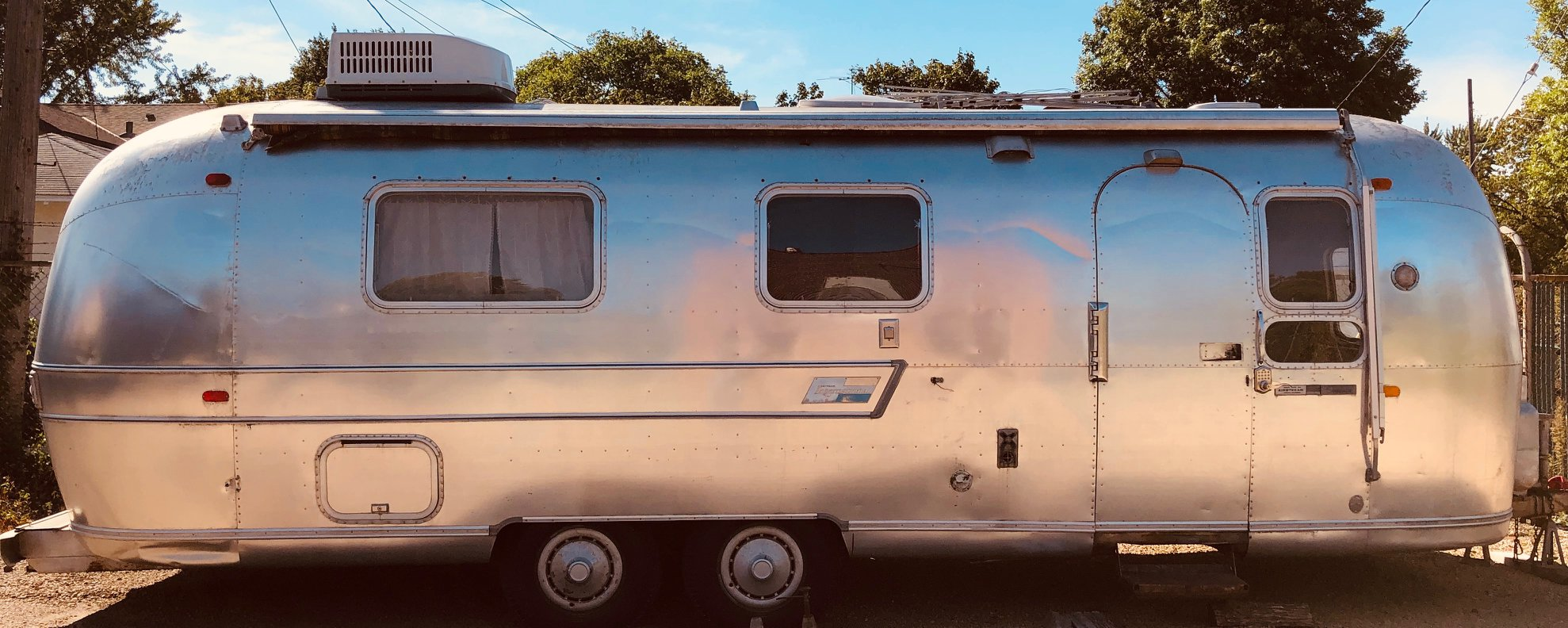 Private Airstream - Dressing/Green Room