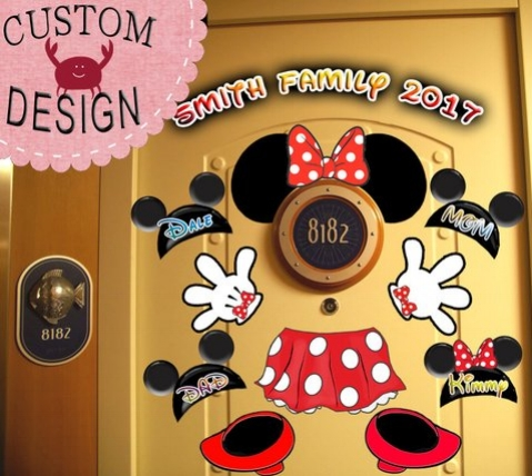 Minnie Mouse Cruise Door Magnet.jpg