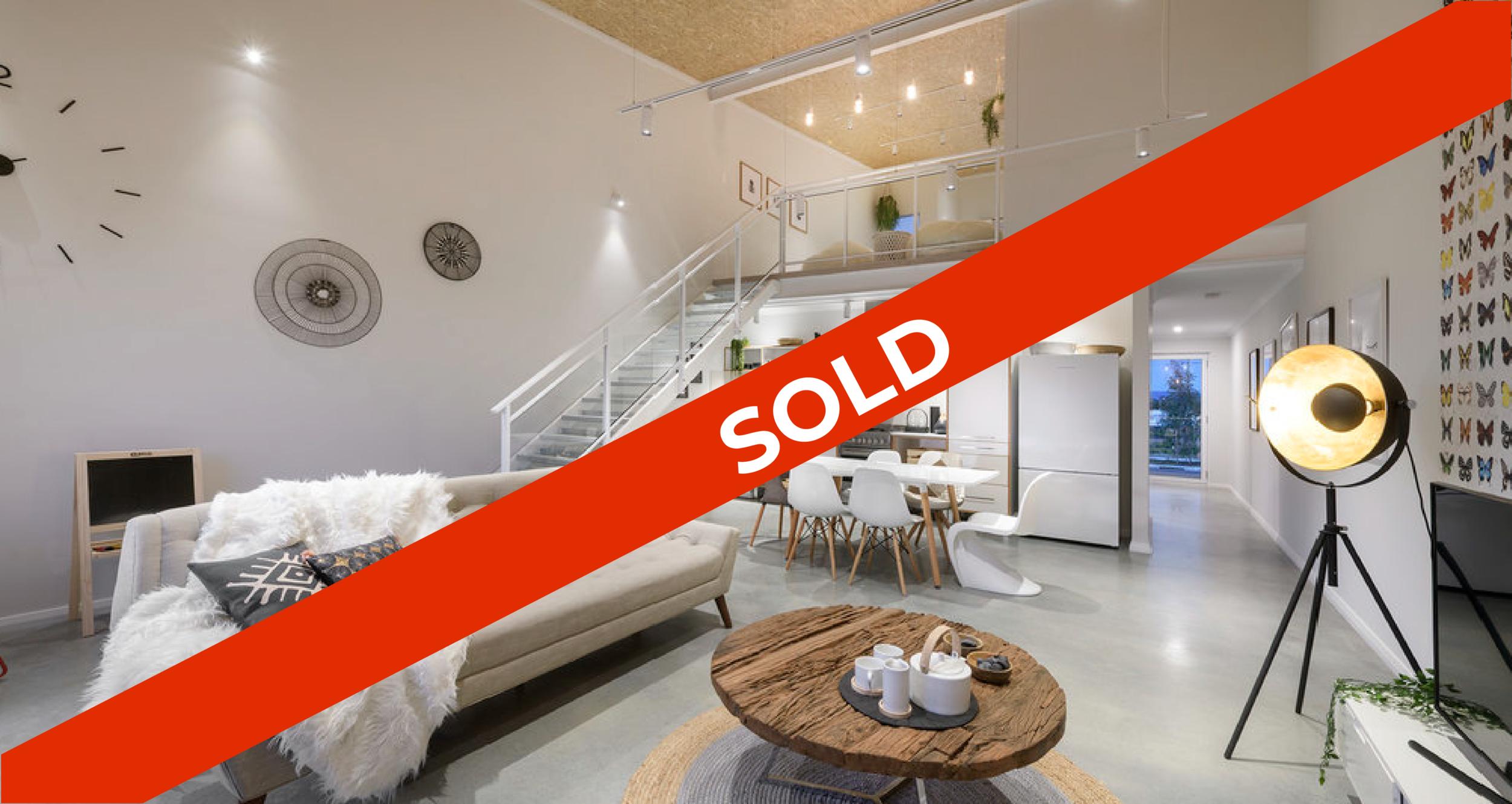 SOLD_Express+Homes_living+room_twostorey+living_mojo+urban+living_10