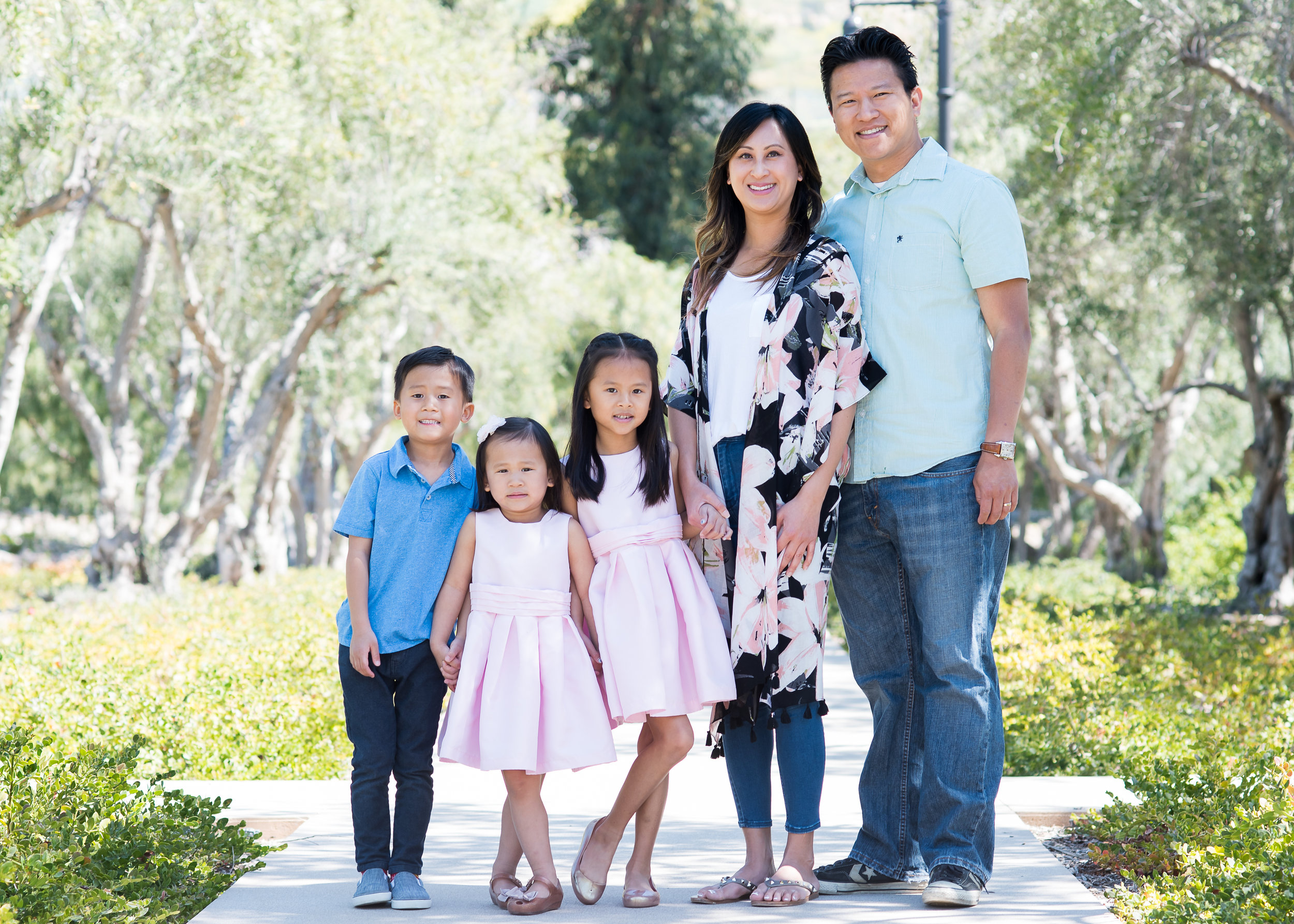 2019_Ellie Yung Event_Canlas Family-1076.jpg