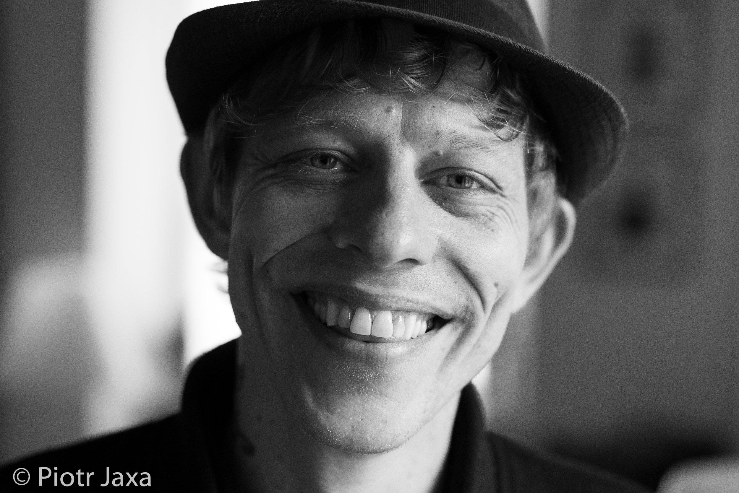 Nice to meet you! - Portrait by my friend Piotr Jaxa SCS