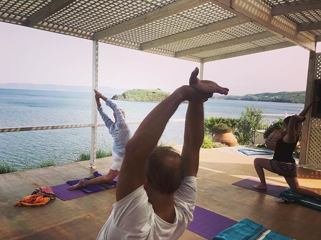 Yoga w Bernd...what a magical way to start your day - overlooking ancient Molyvos, swallows singing & fish flying high 🇬🇷 Let us know if you can join!  Class offered every Sunday during the month of May at 9.30am.  No fee, donations welcome to support our conservation project, #missionblue Avlaki Hope Spot 💙